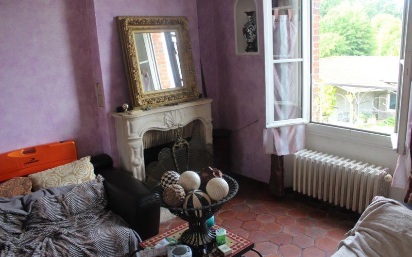 Gallardon, maison du XIX.