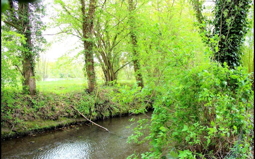 LONGÈRE dans la vallée de l'Eure